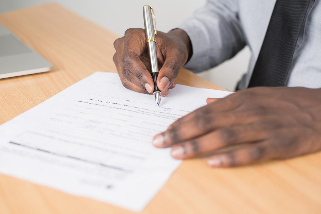 Precisa de ajuda com os documentos para abrir uma empresa? Confira esta lista!
