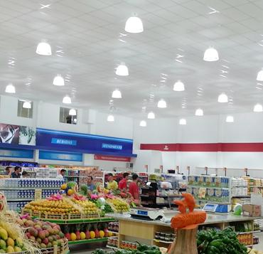 luz, energia, gastos, economia, supermercados, comércio, varejo, martins