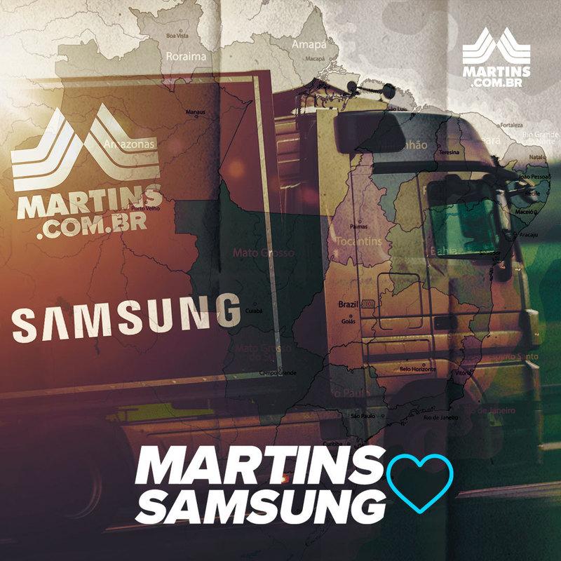 Caminhão do Martins Atacadista em destaque, ao fundo mapa do Brasil sombreado. O texto Martins ama Samsung compõe a imagem
