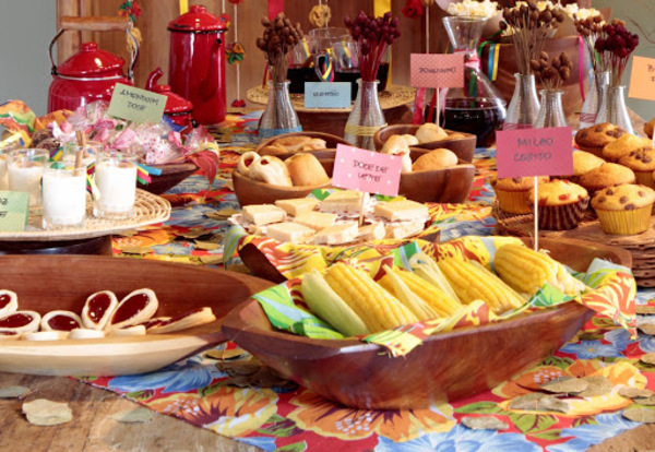Alternativo: Ideias para decoração de festa junina decoração e comidas de festa junina.