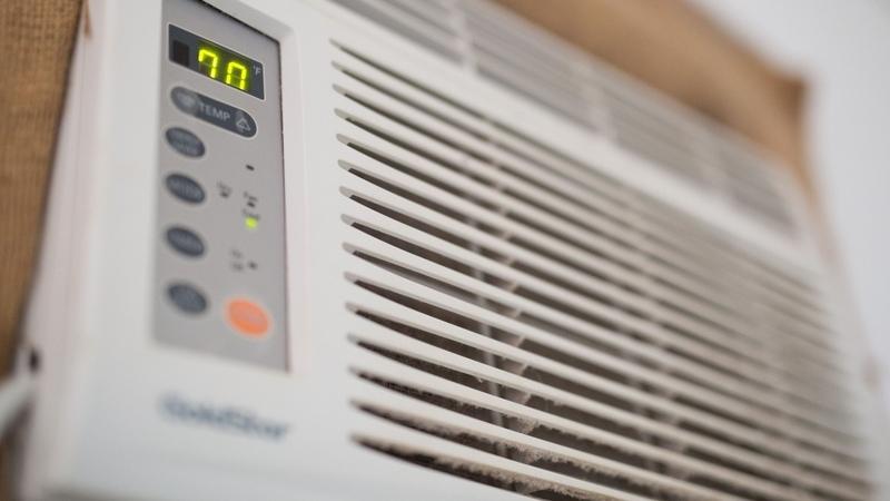 Close de ar condicionado de parede