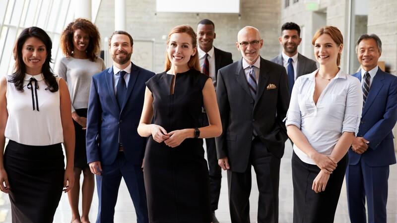 Retrato de pessoas de um time de negócio