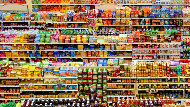 Prateleiras de supermercado vistas de cima