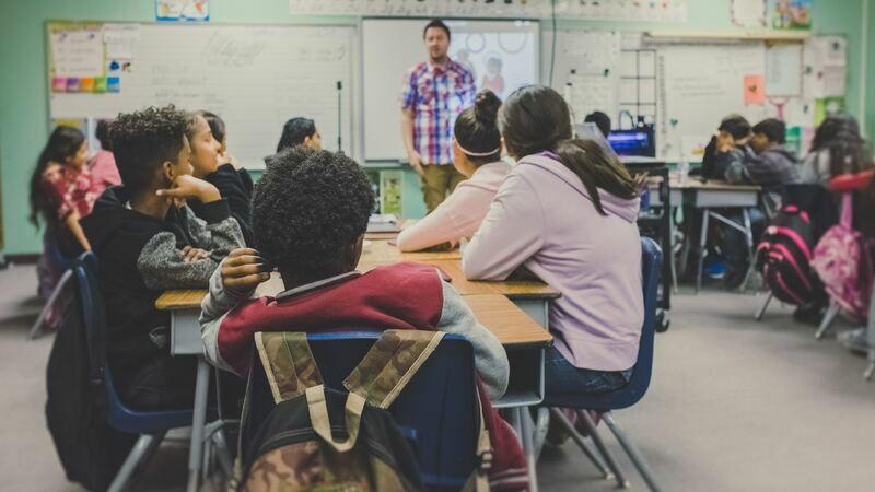 Mochilas e lancheiras na volta às aulas
