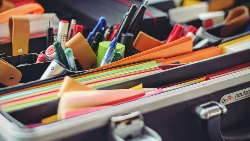 As listas de material escolar avisam do que o aluno precisa para a volta às aulas