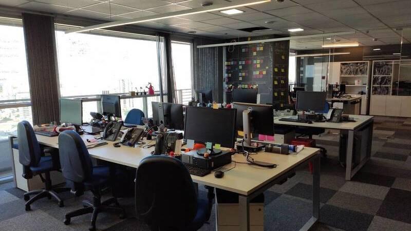 escritório vazio