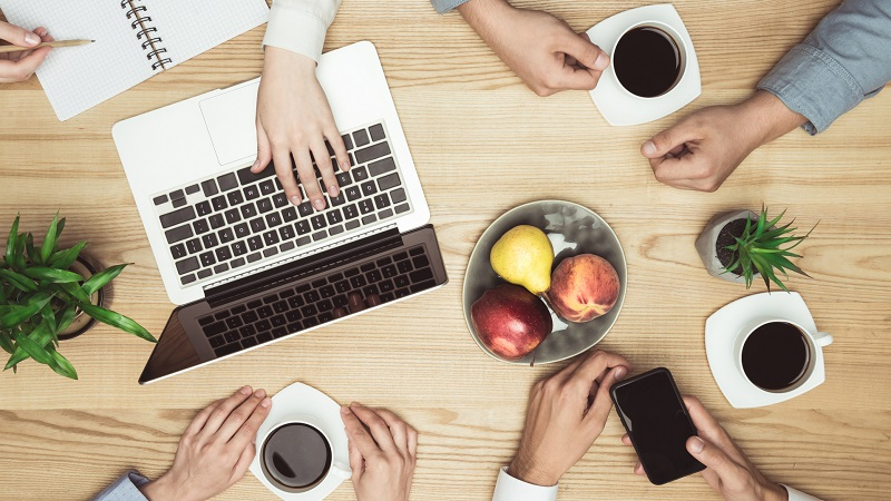 reunião de negócios com café